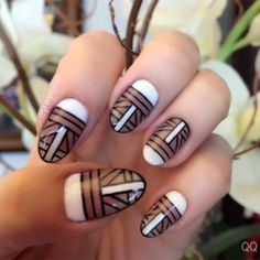 Geometric Cool - Art Deco Nails That Are Artsier Than You - Photos Art Deco Nails, Estilo Art Deco, Light Nails, Bride Nails, 1920s Art Deco, Pastel Nails, Accent Nails, Cool Nail Designs, Nail Artist