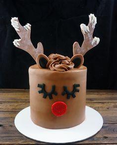 Reindeer cake #windycitydinnerfairy