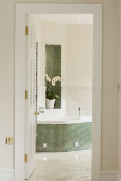 Master bathroom in Georgian-style country-house, designed by Blake Architects
