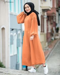 @Aysha Amana Hijab Style Dress, Modest Fashion Hijab, Hijab Wedding Dresses, Casual Hijab Outfit, Abaya Fashion, Fashion Outfits, Muslim Women Fashion, Islamic Fashion, Estilo Abaya