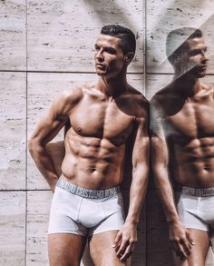 Do you know what's better than one in underwear? Neymar Hot, Cristiano Ronaldo Body, Cr7 Underwear, Match Of The Day, Sports Gallery, Hottest Male Celebrities, Celebs, Football Highlight, Soccer Players