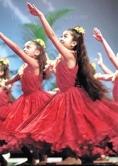 hula halau o kamuela www.theworlddances.com/ #theworlddances #dance