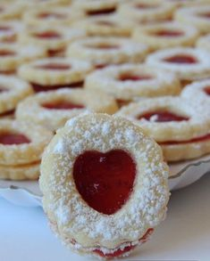cukroví 2 pregnancy tests with faint lines - Pregnancy Sweet Desserts, Sweet Recipes, Cake Recipes, Dessert Recipes, Breakfast Biscuits, Breakfast Cookies, Christmas Sweets, Christmas Baking, Czech Recipes