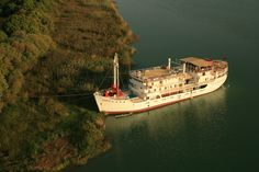 #Hotelschiff Bou el Mogdad, Saint-Louis,  #Senegal    #Hotelboat, St. Louis, Senegal    © Easyvoyage