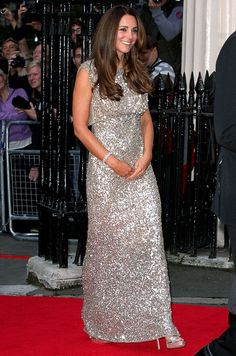 Kate Middleton's post-baby body! She looks gorgeous in her custom made dress. Click through to read more!