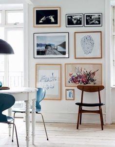 Inspiração parede com quadros