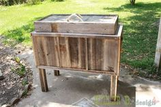 Make a DIY rustic cooler for under $30! How-To instructions, so neat! Her blot has so many cute ideas!