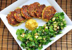 """Zucchini-Kartoffel-Rösti an Petersilien-Apfel-Salat ♥ zucchini-potatoe-""""rösti"""" with parsley apple salad"""