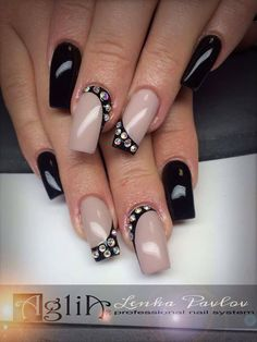 Fingernail Designs, New Nail Designs, Black Nail Designs, Glitter Tip Nails, Gem Nails, Chic Nail Art, Posh Nails, Pretty Nail Art, Bridal Nails