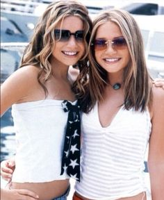 f4a86adfd1fe Mary-Kate and Ashley Sicker Than Your Average, Ashley Movie, Jennifer  Aniston,