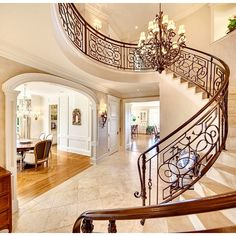 A little peek inside our new Queen Anne #milliondollarlisting in Seattle. MLS: 799116