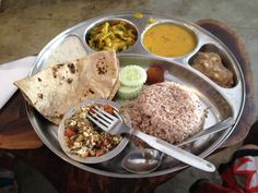 Depth and Green Thali, just down from the coconut stand in Gokulum, Mysore India, delicious! Indian Food Recipes, Ethnic Recipes, Mysore, Wonderful Things, Coconut, Mexican, Green, Indian Recipes, Mexicans