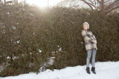 Ashley Bray / Photos : Sarah Emily St-Gelais Winter Jackets, Board, Photos, Fashion, Winter Coats, Moda, Pictures, Winter Vest Outfits, Fashion Styles