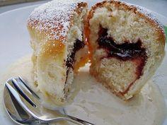 Kärnter Buchteln mit Pflaumenmus, ein schönes Rezept aus der Kategorie Kuchen. Bewertungen: 220. Durchschnitt: Ø 4,7.