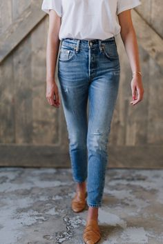 Post Modern Blues 501 Stretch Skinny Jeans – cladandcloth #jeansoutfit