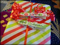 clothes pin gift tags
