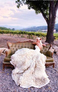 Such a glamorous wedding dress #wedding #dress #glam