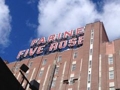 Farine Five Roses Sign Montreal Montreal, Attraction, Broadway Shows, Roses, Neon Signs, Pink, Rose