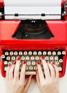 Vintage red typewriter for simple red nails Josie Loves, I See Red, Simply Red, Vintage Typewriters, Red Aesthetic, Red Nails, Red Manicure, Sassy Nails, Shades Of Red