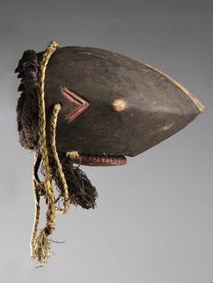 """""""Bidjogo"""" shark's mask 