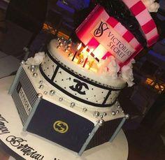 My birthday 🎉 Sweet 16 Birthday Cake, 21st Birthday Cakes, 14th Birthday, Birthday Parties, Happy Birthday, Cake Day, Eat Cake, Foto Pastel, Birthday Goals
