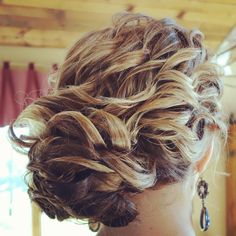 Hair updo for homecoming