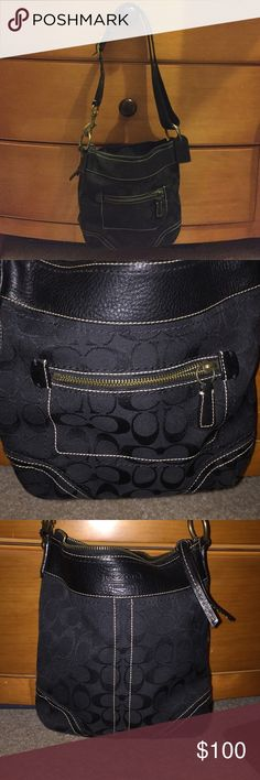 Coach Small Crossbody purse Medium Coach Purse Like New Great For A Weekend Purse Coach Bags Crossbody Bags