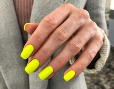 Neon Yellow Nails, Bright Red Nails, Neon Nails, Diy Nails, Cute Summer Nails, Cute Nails, Pretty Nails, Star Nails, Best Acrylic Nails