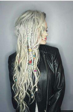 hippie hair 85357355425490267 - Dreads Hair Source by YabyumRowanroot Half Dreads, Partial Dreads, Blonde Dreads, White Girl Dreads, Dreads Girl, Dread Braids, Dreadlock Styles, Dreads Styles, Dreadlock Hairstyles