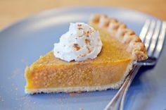 Thanksgiving Thursday - Pumpkin Pie with Gingersnap Cookie Crust - http://stonerthings.com/stoner-thanksgiving-food/