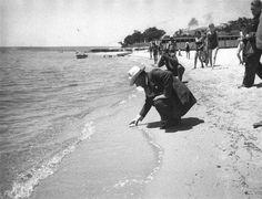 Atatürk Florya sahilinde.