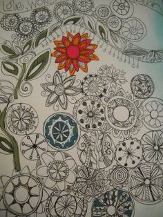 Circle flowers. How many different flowers can be designed from a circle?