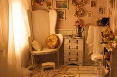 Shabby chic roombox for 12 inch dolls от Kingyoshop на Etsy