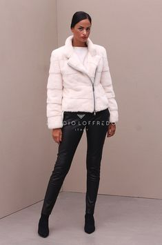 Female Mink Fur with Rever collar and White color - Elpidio Loffredo Furs