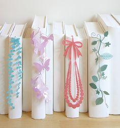 日本各地の「ものづくり」とコラボのデザイン雑貨、彩りしおり&家型木製メジャー