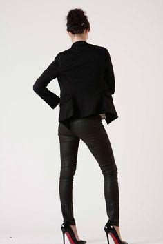 black suit jacket. black skinny jeans. stillettos. yeah.