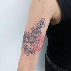 Institut d& éphémère ( Pretty Tattoos, Beautiful Tattoos, Cool Tattoos, Piercings, Piercing Tattoo, Blue Tattoo, Snake Tattoo, Wrist Tattoos, Body Art Tattoos