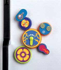 Amazon.com : TOMY Gearation Refrigerator Magnets Building Toy : Toys & Games
