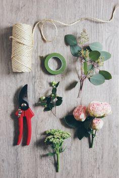 ©La mariee aux pieds nus - DiY- Fabriquer une guirlande de fleurs - materiel
