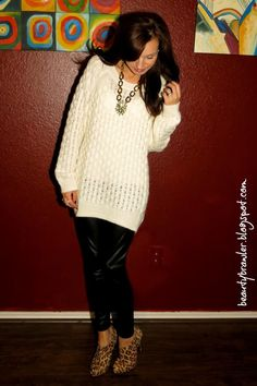 Oversize Sweaters and Liquid Leggings cute with boots Flowy Shirts, Shirts For Leggings, Cute Fashion, Fashion Outfits, Street Style, Classy And Fabulous, Winter Time, Types Of Fashion Styles, Cute Outfits