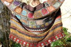 Facile Cecile crochet and knit sweater, beautiful!