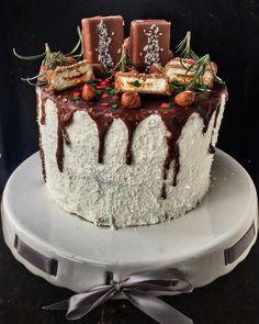 Kinder Maxi King torta új köntösben – Cake by fari Ketogenic Recipes, Ketogenic Diet, Diet Recipes, Vegan Recipes, King Torta, Maxi King, Keto Results, Ketogenic Lifestyle, Keto Dinner
