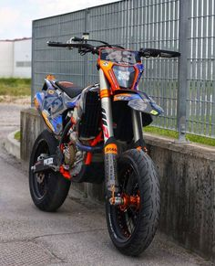 Supermotard - SM motorcycles - picture for you Ktm Dirt Bikes, Cool Dirt Bikes, Motorcycle Dirt Bike, Motocross Bikes, Yamaha Motorcycles, Moto Bike, Supermoto Racing, Ktm Supermoto, Ktm 450 Exc