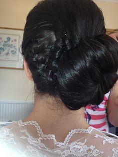 Plait/side bun