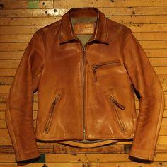 天神ワークス-leather products by leather freaks Red Leather, Leather Jacket, Leather Products, Jacket Men, Fashion, Down Jackets, Studded Leather Jacket, Men's Coats, Moda