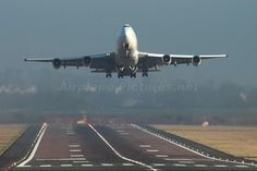 Top aviation photos published since your last visit Boeing 747 400, Aviation Image, Six Nations, Landing Gear, Air France, Top Photo, Competition, Aircraft, Airplane