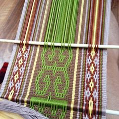 I have to laugh at myself, after a tough last few months of winter, I had this crazy idea that I would have a lazy summer filled with craft. Weaving Art, Loom Weaving, Hand Weaving, Inkle Weaving Patterns, Weaving Textiles, Loom Patterns, Inkle Loom, Weaving Projects, Knitting Looms