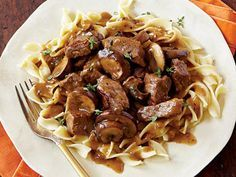 Peppered Steak & egg noodles (next time need sliced Bella mushrooms, double the gravy and the noodles)