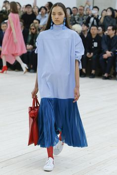 Céline Spring 2017 Ready-to-Wear Fashion Show