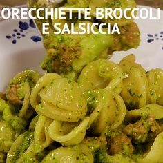 Orecchiette broccoli e salsiccia Pasta E Broccoli, Easy Dinner Recipes, Pasta Recipes, Cooking Recipes, Healthy Recipes, Healthy Cooking, Mexican Food Recipes, Italian Recipes, Spaghetti
